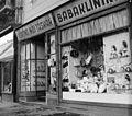 Múzeum körút 5. A kép forrását kérjük így adja meg- Fortepan - Budapest Főváros Levéltára. Levéltári jelzet- HU.BFL.XV.19.c.10 Fortepan 104342.jpg