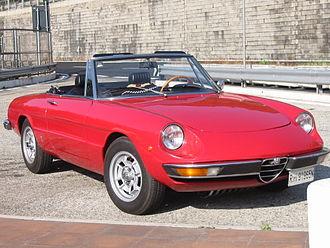 """Alfa Romeo Spider - Spider Junior 1.6 (1974) """"Coda Tronca"""""""