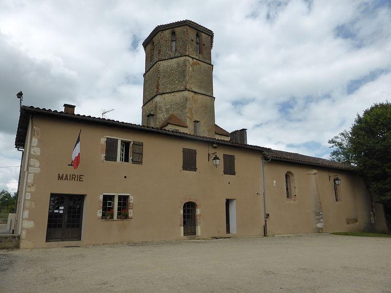 Mairie de Castex d'Armagnac et église Saint-Cane, dans le Gers