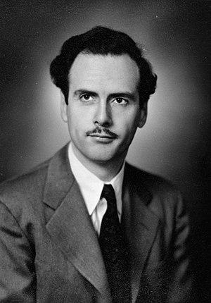 Marshall McLuhan - Marshall McLuhan in 1945