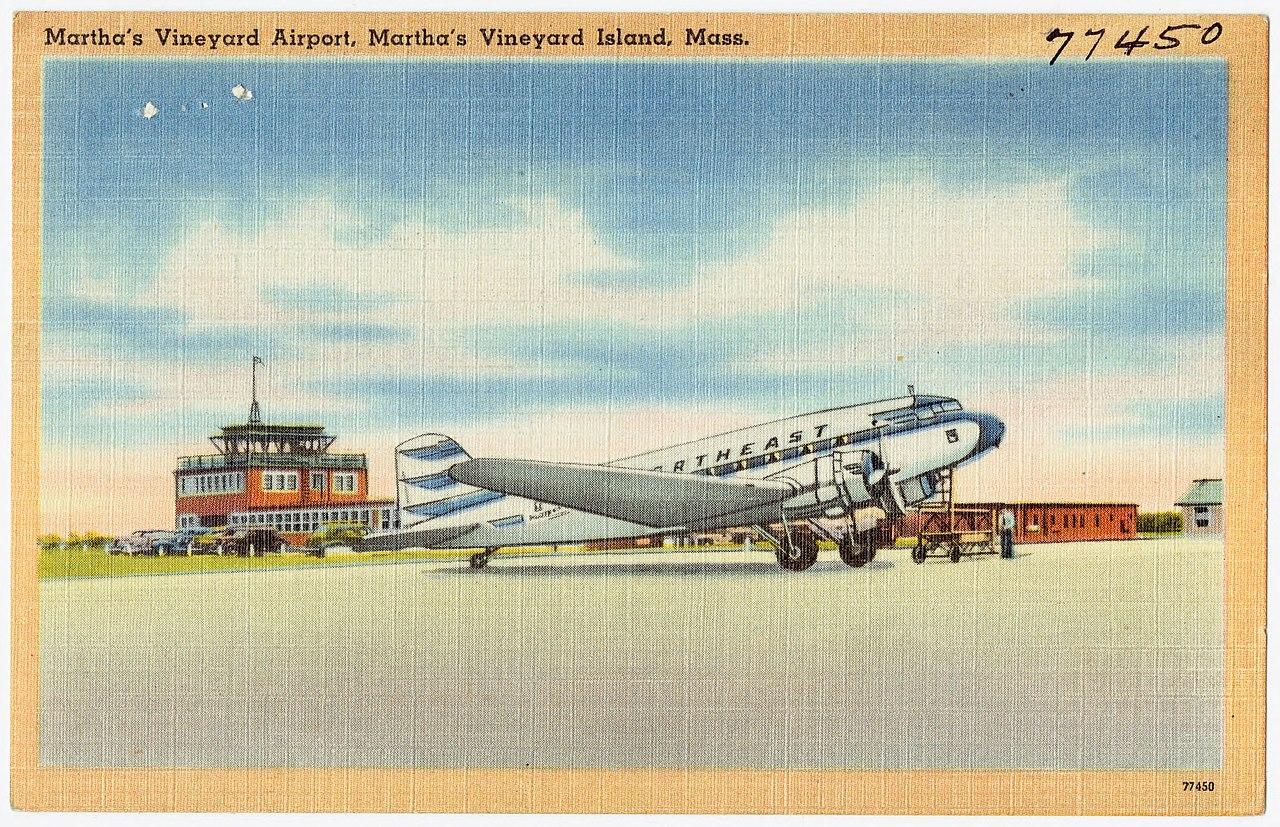 File:Martha's Vineyard Airport, Martha's Vineyard Island ...