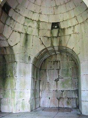 Casinum - Mausoleum of Ummidia Quadratilla interior