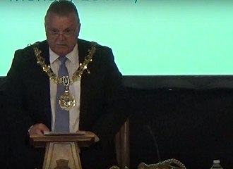 Mayor of Wirral - Les Rowlands, 42nd Mayor of Wirral