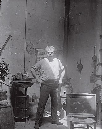 Medardo Rosso - Self-Portrait in the Studio on the Boulevard des Batignolles, post 1901