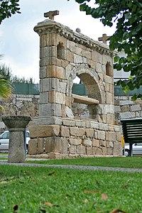 Memorial Arouca 2.jpg