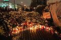 Memorial to November 2015 Paris attacks at French embassy in Moscow 19.jpg