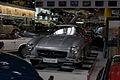Mercedes-Benz 300SL 1955 Flügeltüren Gullwing LFront SATM 05June2013 (14414053450).jpg