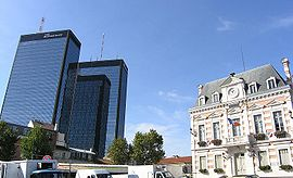 The Mercurial Towers and Bagnolet town hall, in 2004