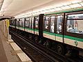 Metro de Paris - Ligne 1 - Les Sablons 05.jpg