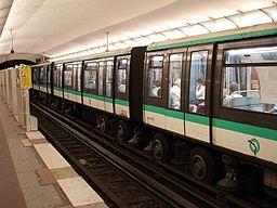 Metro de Paris - Ligne 1 - Les Sablons 05