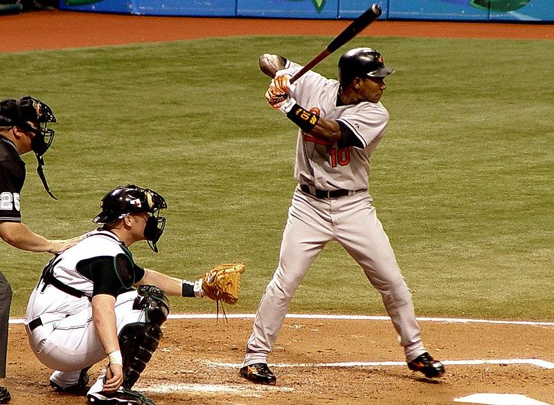 http://upload.wikimedia.org/wikipedia/commons/thumb/f/f8/Miguel_Tejada2.JPG/800px-Miguel_Tejada2.JPG