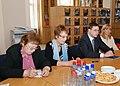 Ministru prezidenta Valda Dombrovska tikšanās ar reģionālo mediju pārstāvjiem (3598113289).jpg