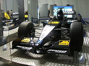 Minardi PS01 - Image: Mobil Alonso Minardi PS01 2001