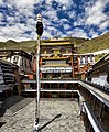 Monastery, Shigatse - panoramio.jpg