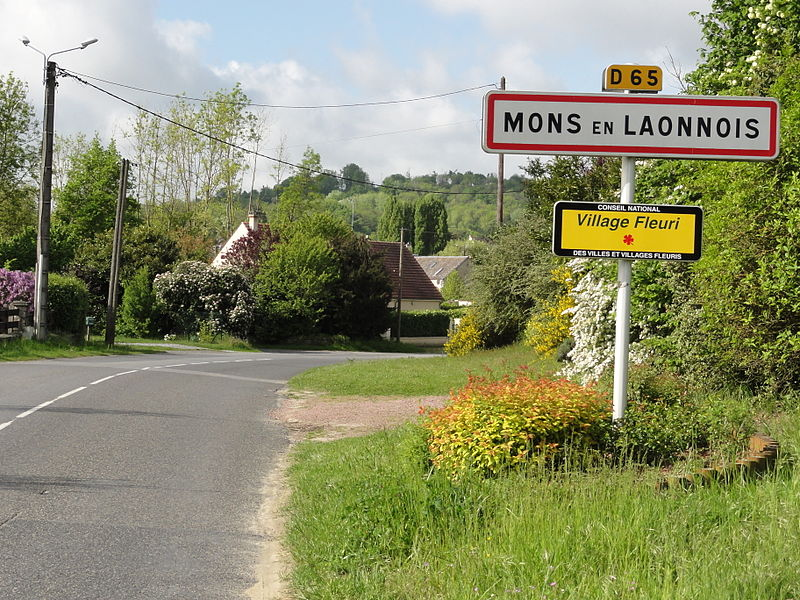 Mons-en-Laonnois (Aisne) city limit sign
