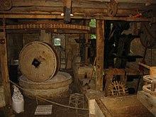 journées du patrimoine les moulins a eau.gironde 220px-Moulin_%C3%A0_huile