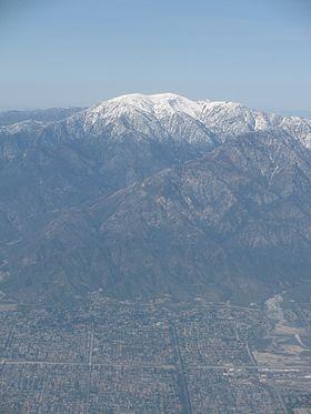 Monto San Antonio (Monto kalvulo), California.jpg