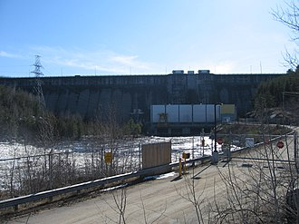 Black Donald Lake - Image: Mountain Chute Dam and Generating Station