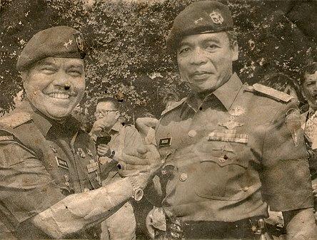 Muchdi Purwoprandjono and Syahrir MS.jpg