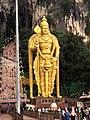 Murugan statue Batu Caves 02.jpg