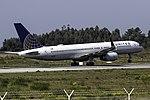 N48127 757 United Porto.jpg