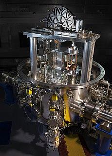 Kibble balance experimental electromechanical weight measuring instrument