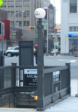 Newark Military Park Subway.jpg