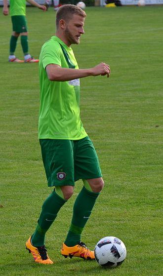 Nicky Adler - Adler playing for Erzgebirge Aue in 2016