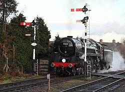 No.70013 Oliver Cromwell Britannia Class 7MT (6779039421) (2).jpg