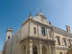 Noicattaro-chiesa-1.jpg