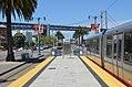 Northbound train at Brannan station, May 2012.jpg
