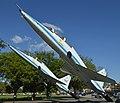 Northrop T-38 Talons 'N900NA 00' and 'N968NA 68' (40717338471).jpg