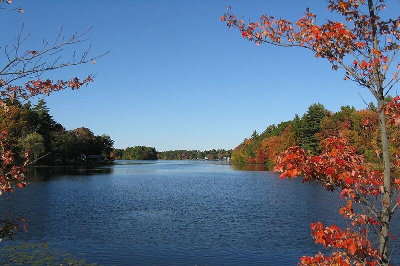File:Norton Reservoir looking north, MA.jpg