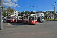 Novgorod - Trolleys and a bus at main station
