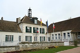 The town hall in Nucourt