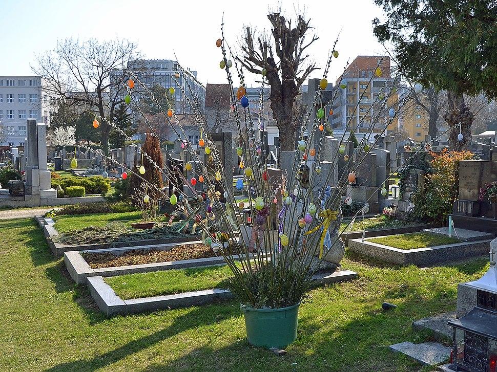 Ostern am Matzleinsdorfer Friedhof