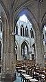 P1080336 France, Paris, la nef de l'église Saint-Séverin vue d'un bas-côté; à noter les nervures multiples des voûtes retombant sur les colonnes (5629730348).jpg