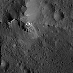 PIA22627-Ceres-DwarfPlanet-OccatorCrater-CraterWall-20180706.jpg