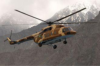 قوات التدخل السريع المصريه  330px-Pakistan_Army_Mil_Mi-17-1V_Asuspine