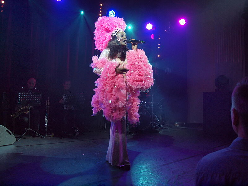 File:Paris Cabaret at Casino Helsinki 12.jpg