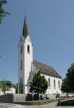 Pfarrkirche zum Heiligsten Herzen Jesu Weiler 2.JPG