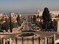 PikiWiki Israel 452 view to Haifa bay מבט למפרץ חיפה מגן הבהאי.JPG