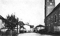 Place de l'église Sainte-Blandine (Isère).jpg