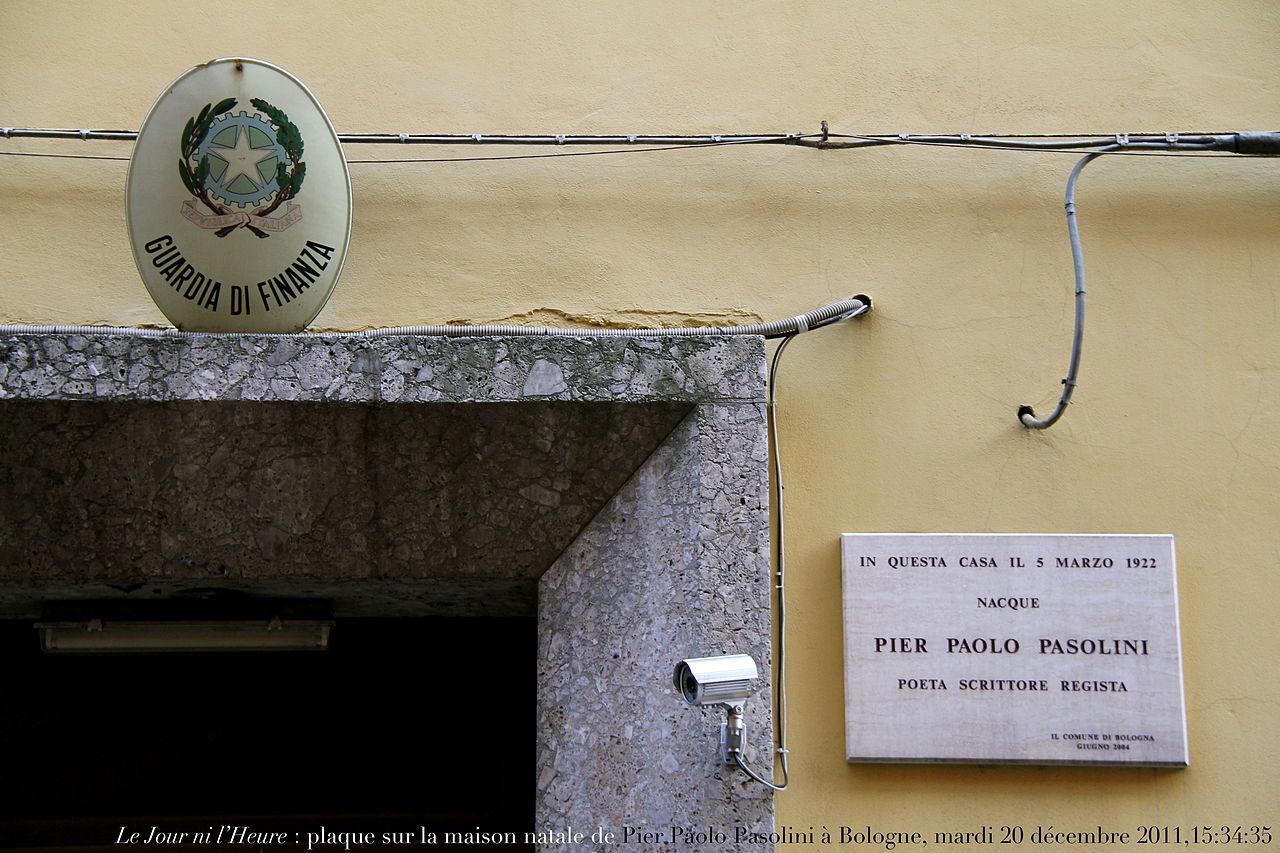 File plaque s sur la maison natale de pier paolo pasolini for Plaque nom de maison