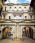 Porta Borsari a Verona.jpg