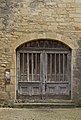 Porte chapelle saint benoît pénitents bleus sarlat.jpg