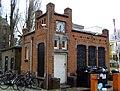 Portiersloge van Diamantslijperij Ascher, Tolstraat bij 127..JPG