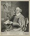 Portret van Joost van den Vondel op 70-jarige leeftijd in zijn werkkamer. Hij draagt een kalot en heeft een beschreven rol papier in zijn hand. Hij zit bij twee planken met boeken en beelden, NL-HlmNHA 1477 53012936.JPG