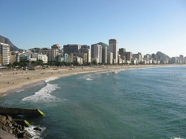 Praia do Leblon