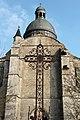 Provins - collégiale Saint-Quiriace - façade et croix 01.jpg